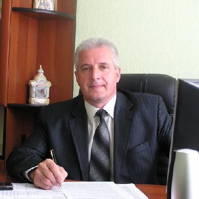 Dyachynsʹkyy Volodymyr Vasylovych vypusknykiv VINNYTSKYY-KOOPERATYVNYY-INSTYTUT
